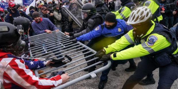 Из-за протестов в Вашингтоне появились первые жертвы