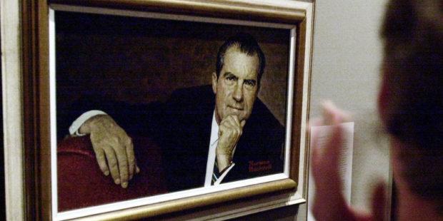 "CNN: Трамп обратился к своим советникам: ""Ни слова о Никсоне"""