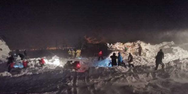 Под лавиной в окрестностях Норильска погибла семья