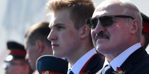"""Лукашенко опасается, что Запад сделает из его сына Николая """"протестуна"""""""