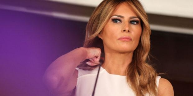 """В США возмущены """"дерзостью"""" Мелании Трамп"""