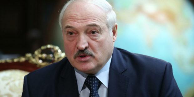 """Лукашенко озвучил причину попыток """"наклонить"""" Россию"""
