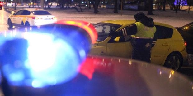 Водитель протаранил 11 припаркованных автомобилей на юго-западе столицы