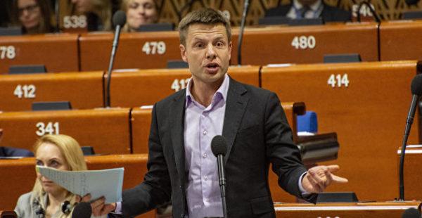 «Это там вы граф Толстой»: Гончаренко опозорился в ПАСЕ