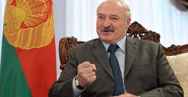 Лукашенко устроил «Вечера на хуторе близ Диканьки» с известными украинками