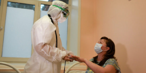Коронавирус в России и на Алтае: коротко о ситуации на 18 января