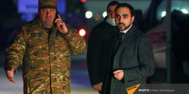 Пятеро пленных возвращаются в Ереван из Баку