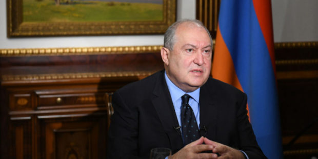 У президента Армении Армена Саркисяна коронавирус протекает с осложнениями