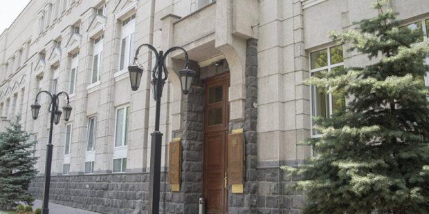 В Армении оштрафовали кредитную организацию: ее возглавлял нынешний глава Минсоцтруда