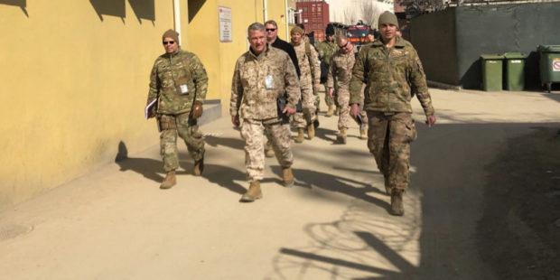 """Вашингтон усиливает давление... Зачем Иран пригласил к себе """"Талибан""""?"""