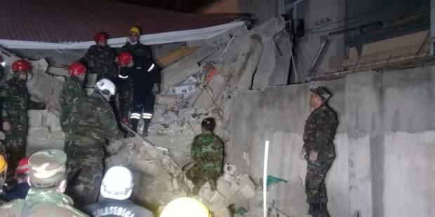 Взрыв в жилом доме в Баку: известно о 8 пострадавших, могут быть жертвы - видео