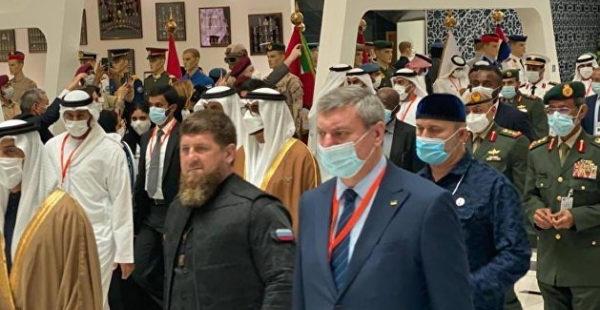 Уруский объяснился после фото с Кадыровым