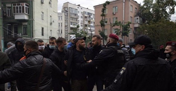Появились подробности задержания у офиса ОПЗЖ в Киеве