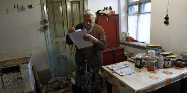 В Краснодаре мошенники удаленно похищали квартиры у одиноких стариков