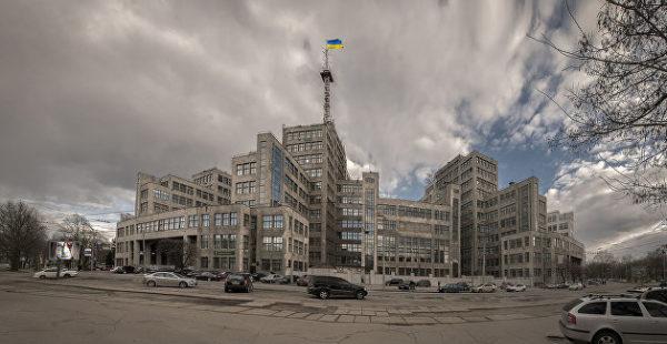 Хмародер, хмародряп или хмарочос: история одного украинского слова