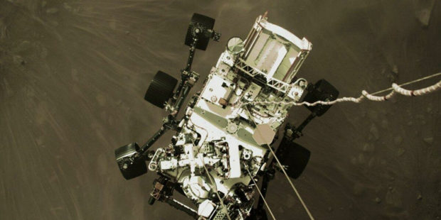 НАСА показало кадры посадки ровера на Марс