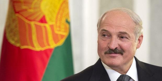 """Лукашенко высказался насчет западных санкций: """"Чего мы паримся"""""""