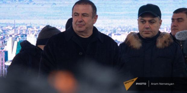 Не нужно делать из митинга фетиш - политтехнолог об упущении армянской оппозиции