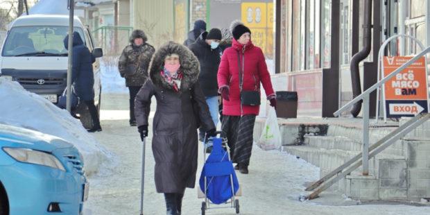 Власти Алтайского края продлили режим самоизоляции для пожилых