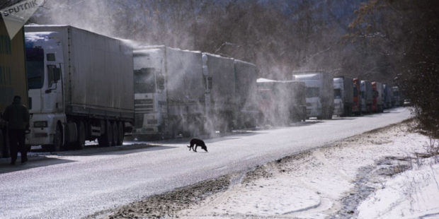 Военно-Грузинская дорога закрыта для всех видов транспорта из-за непогоды в Грузии