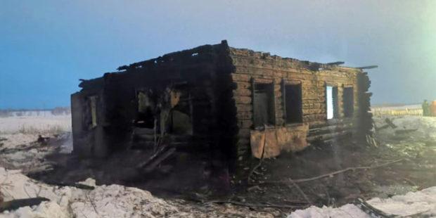 В Новосибирской области трое мужчин погибли при пожаре