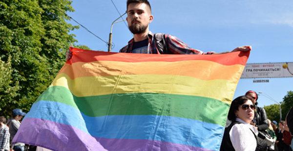Экс-депутат Киевсовета предложил сжигать «нестандартных» школьников