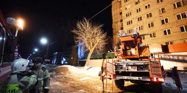 Режим ЧС введен в Зеленодольске после взрыва газа в девятиэтажке