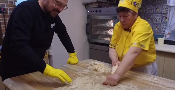 Сладкий ступеч: автор поделился рецептом блюда крымских караимов