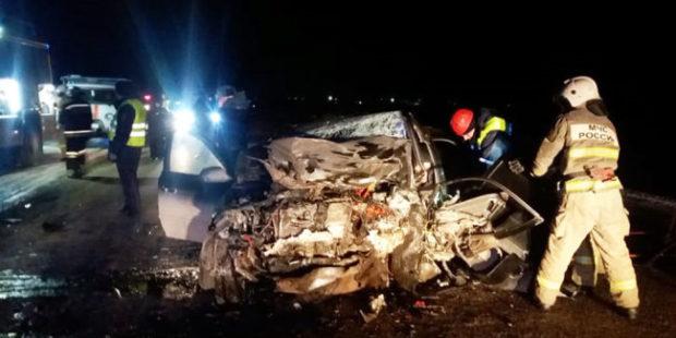 На трассе Екатеринбург - Курган в ДТП разбились три человека