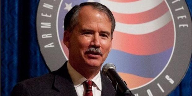Экс-посол США в Армении отреагировал на скандал вокруг Армана Татояна