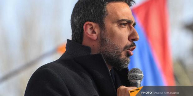 На судью по делу уволенного главы Генштаба Армении может быть оказано давление - адвокат