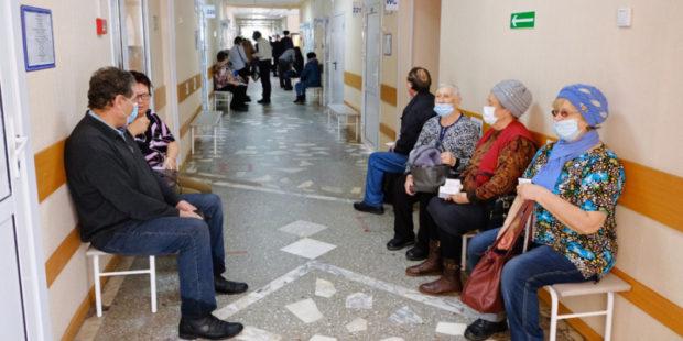 Надо готовиться к худшему: в Алтайском крае ждут третью волну коронавируса