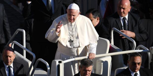 Папа Франциск вновь сурово осудил мафию, наживающуюся на пандемии коронавируса