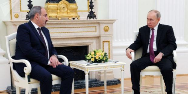 Путин и Пашинян констатируют стабилизацию обстановки в Карабахе