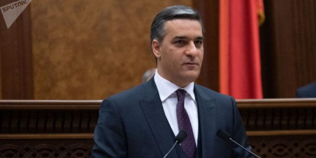 Татоян направит в прокуратуру Армении записи чиновников с оскорблениями в адрес омбудсмена