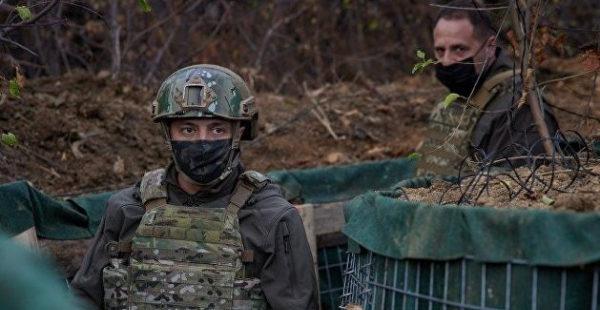 Зеленский собрался в Донбасс на фоне эскалации в регионе