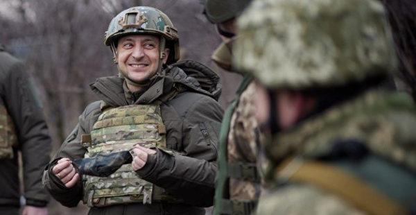 «Купировать упреки»: названа причина странного визита Зеленского в Донбасс