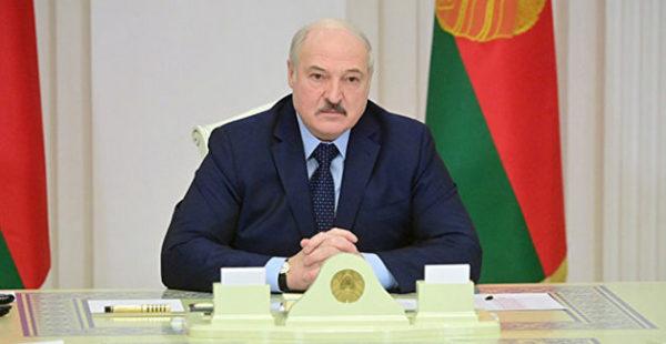 «Да ради бога»: Лукашенко не против переноса переговоров по Донбассу из Минска