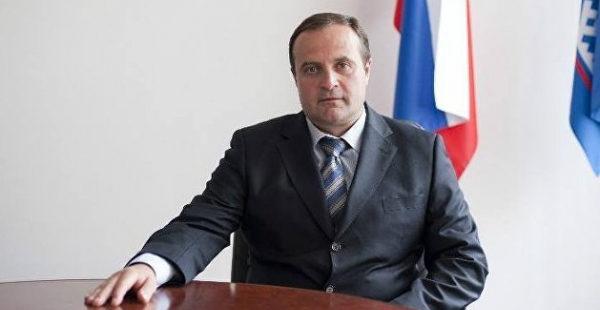 Баранов рассказал, как конфликт с Западом вынудит РФ принять в свой состав Донбасс