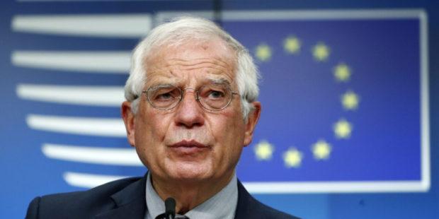 """Из-за высылки дипломатов в ЕС обвинили Россию в """"агрессии"""""""
