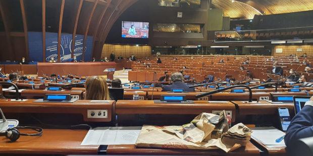 Армян и азербайджанцев призывали к порядку во время обсуждения резолюции в ПАСЕ