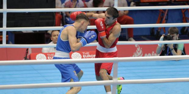 Армянский боксер одержал вторую подряд победу на профессиональном ринге
