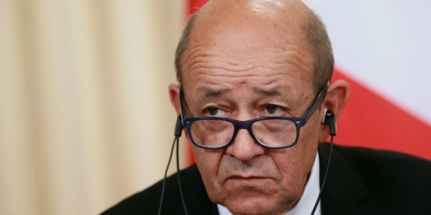 Франция требует от РФ срочно объяснить передвижение войск у границ Украины