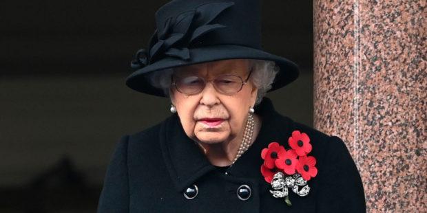 Королева Елизавета II прервала молчание после смерти мужа в свой 95-й день рождения
