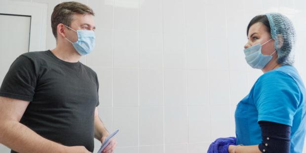 Ивановский губернатор Воскресенский сделал ещё одну прививку от COVID-19