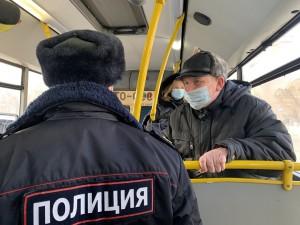 Из-за COVID-19 усилят контроль масочного режима в транспорте в Ивановской области