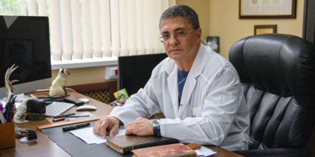 Может ли вакцинация остановить коронавирус – ответил доктор Мясников