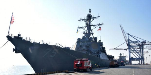 """""""Мы регулярно проводим там операции"""": Пентагон об отправке военных кораблей в Черное море"""