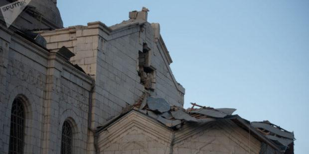 Омбудсмен призвал мир спасти армянские памятники в Нагорном Карабахе
