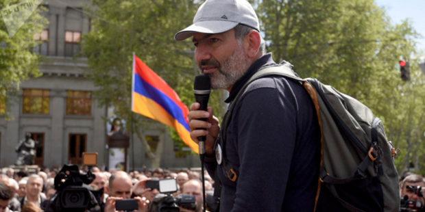 """Революции в Армении помогли намного более мощные силы, чем просто """"Сорос"""""""